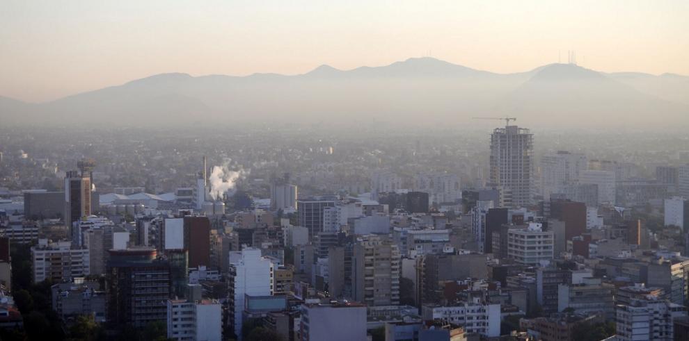Contaminación ambiental mata a miles en México