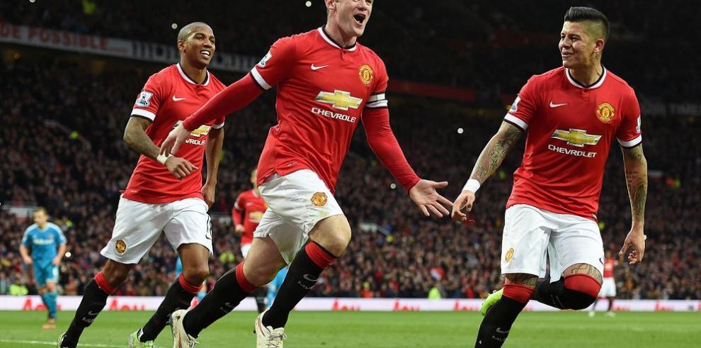 "Manchester United enfrenta al Liverpool, en otro ""clásico inglés"""