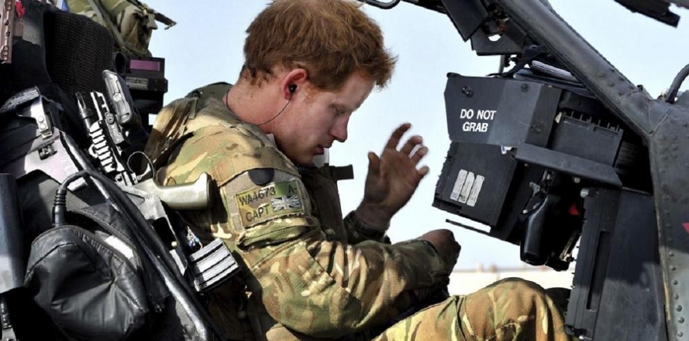 El príncipe Enrique anuncia su baja en el Ejército británico