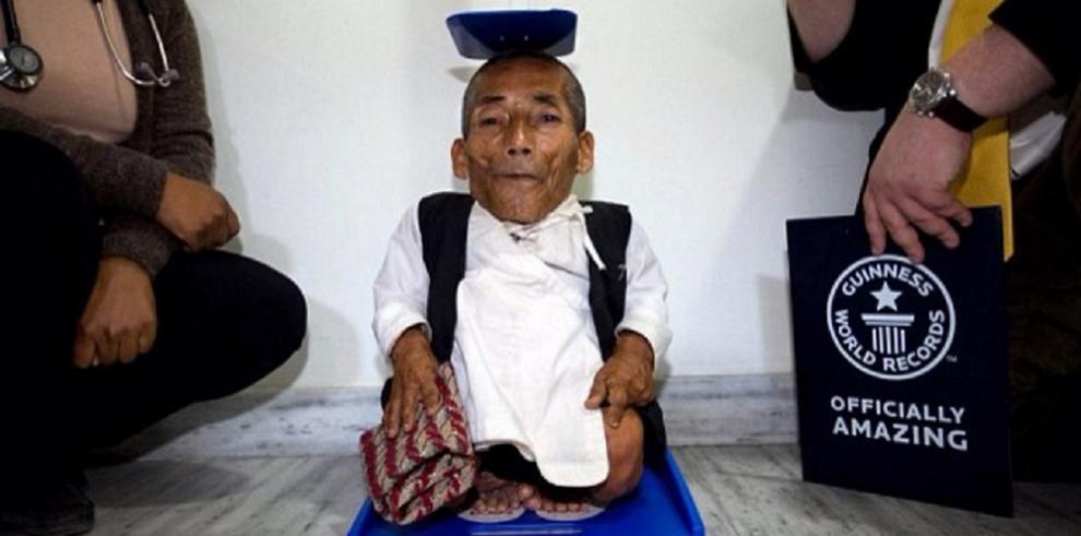 Muere hombre más pequeño del mundo