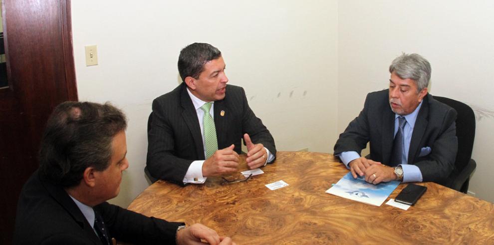 Panamá concretó su postulación en la OACI