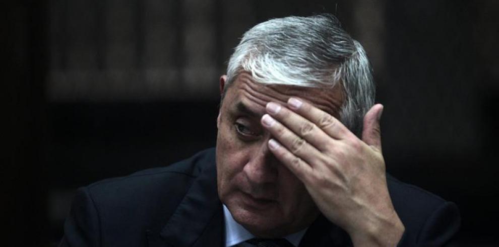 Reanudan audiencia de primera declaración de expresidente de Guatemala