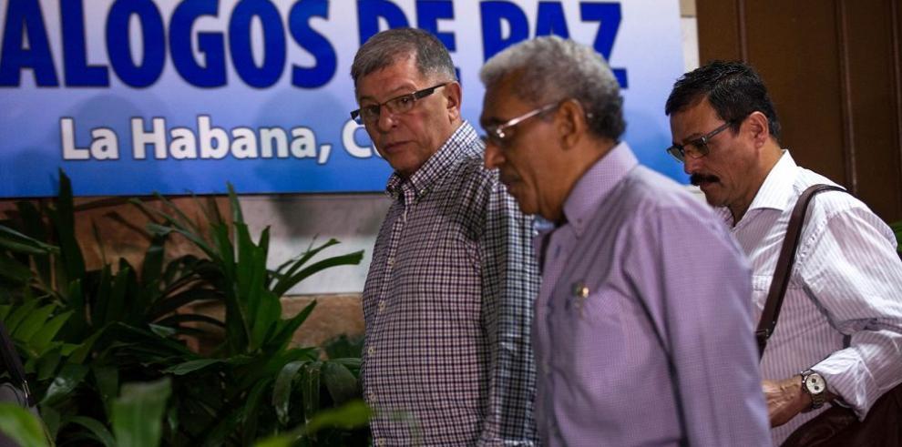 FARC y Gobierno, tras acuerdo para reparar a las víctimas