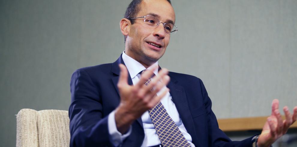 Renuncia presidente de Odebrecht, preso por presunta corrupción