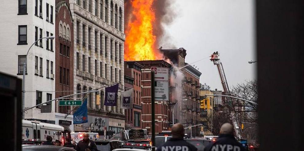 Nuevo incendio en Nueva York deja siete heridos, tres en estado crítico