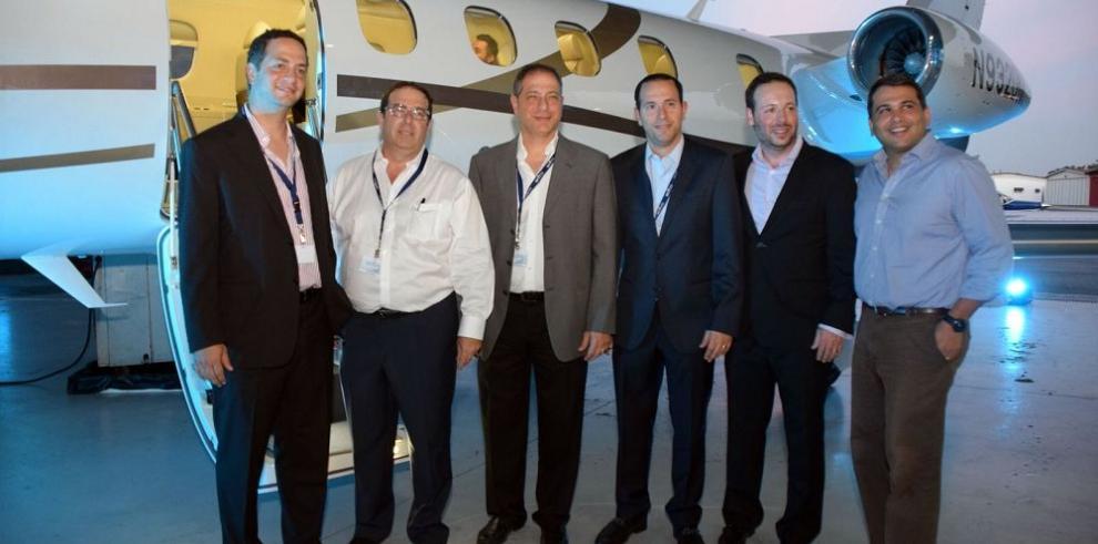 Primer servicio de vuelos privados