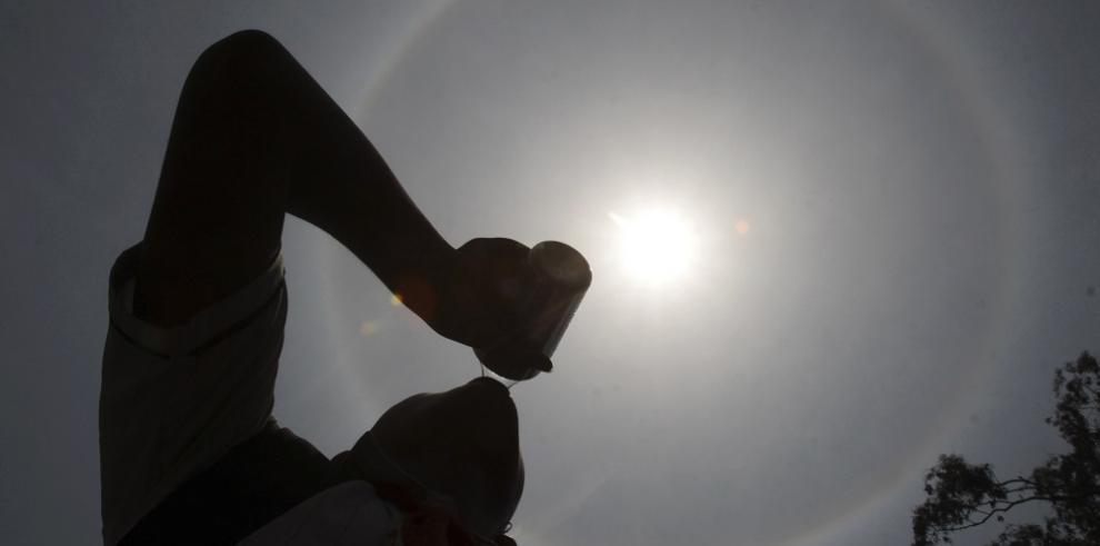 Alertan en México a población por altas temperaturas