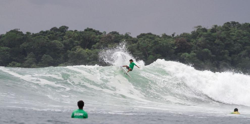 """Panamá escogerá a sus """"reyes de la olas"""""""