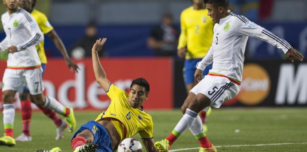 Ecuador vence a México y los aztecas se despiden de Copa América