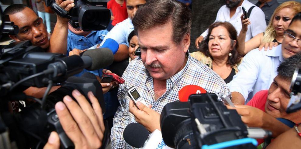 Garuz niega haber golpeado a dirigente de los periodistas