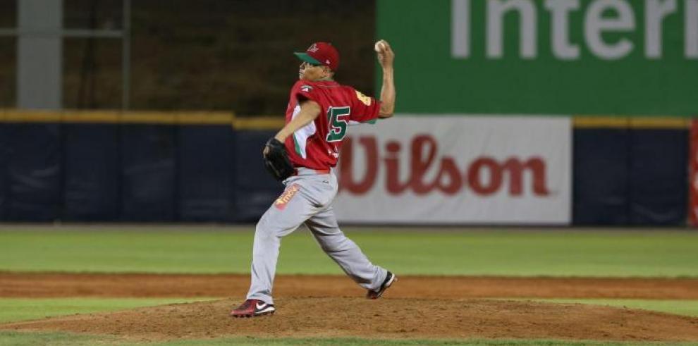 Chiriquí toma el comando en béisbol Mayor