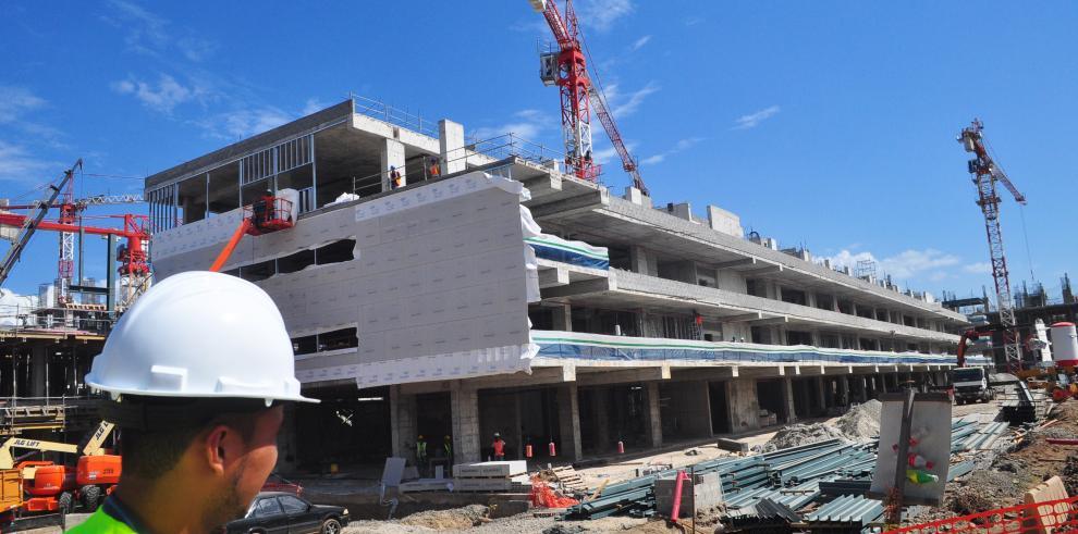 FCC pide indemnización a Panamá por atraso de obras de Ciudad Hospitalaria