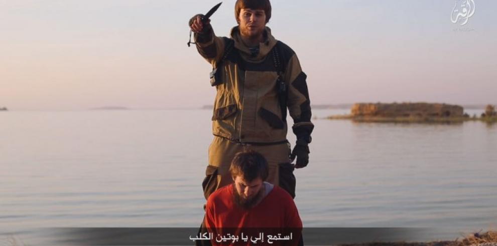 ISIS difunde video de decapitación de supuesto espía ruso