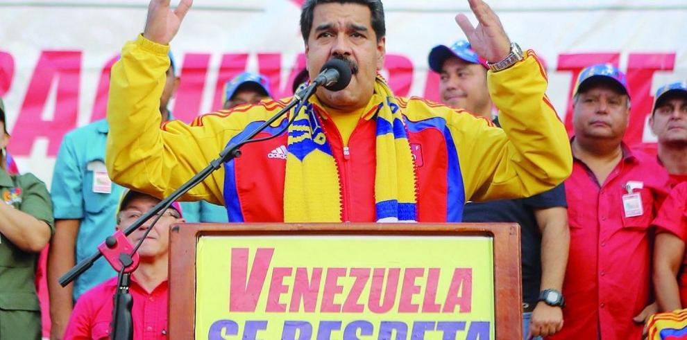 Expresidentes piden la liberación de los presos políticos