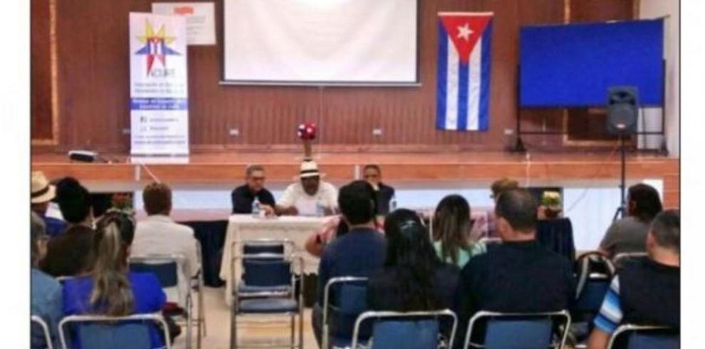Cubanos en Ecuador apoyan visado