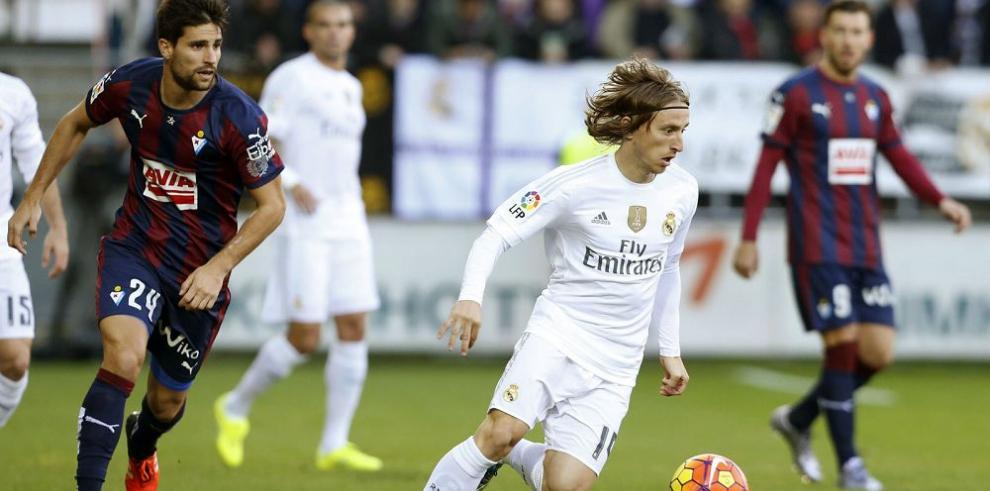Ronaldo y Bale brillaron en el triunfo del Real Madrid