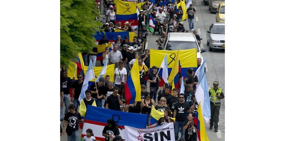 Marcha por los caídos en conflicto colombiano