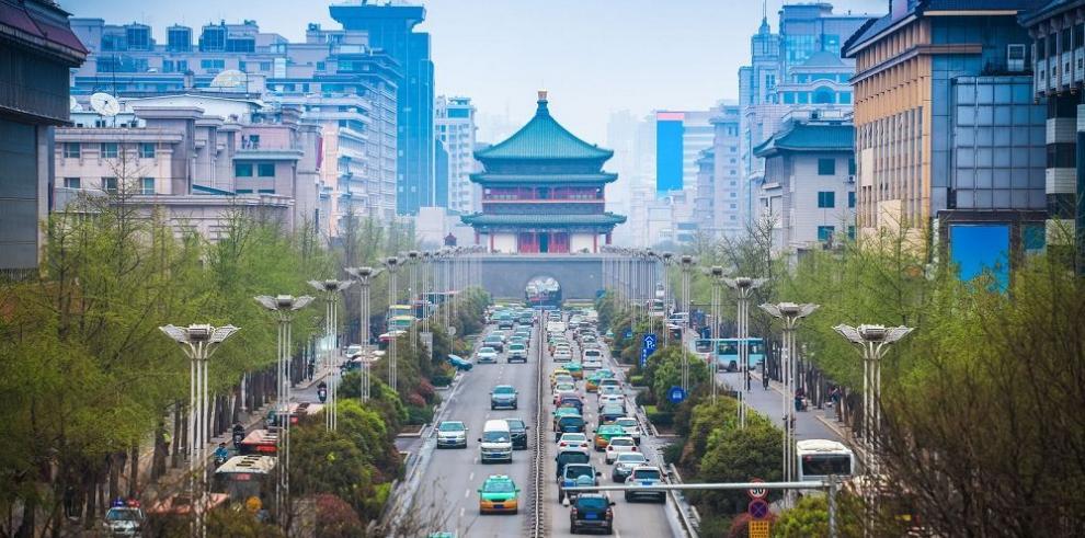 Ingresos fiscales de China permanecen bajos durante abril
