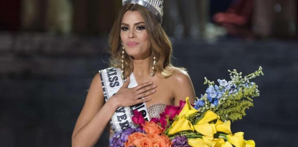 Ariadna dice que pese a error nadie le quita título de Miss Universo
