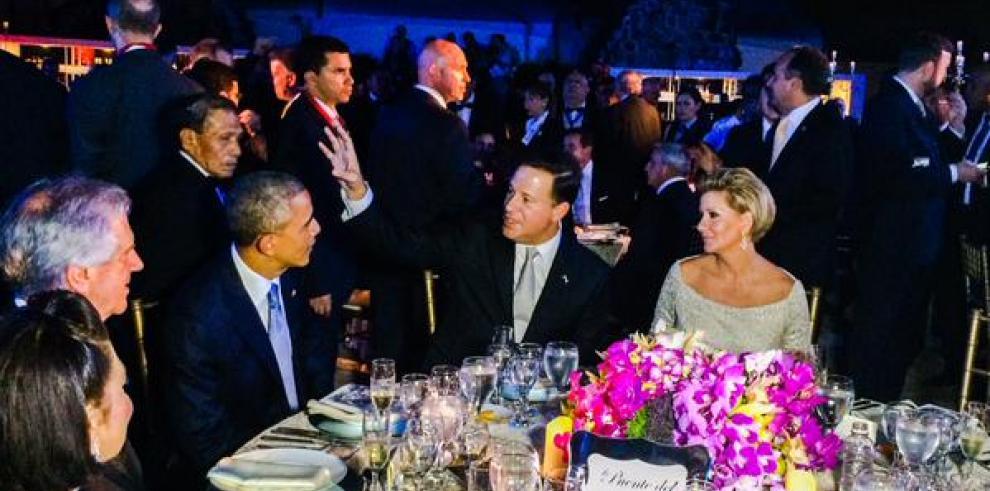 Lorena Castillo, la Primera Dama que ha robado miradas en la Cumbre