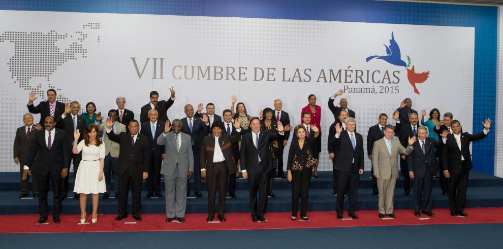Foto oficial de la VII Cumbre de las Américas en Panamá