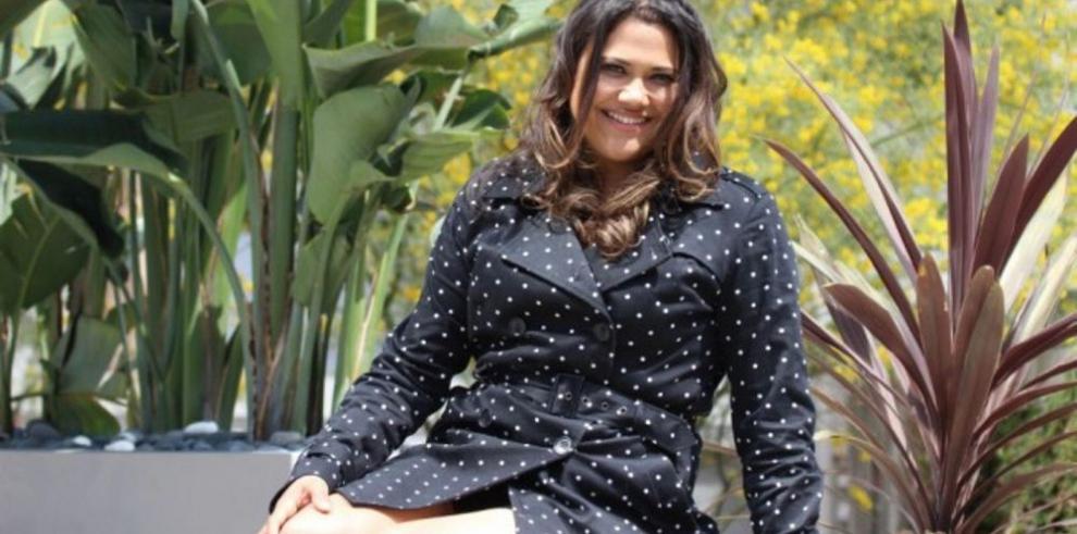 Voz conocida y rostro anónimo: una actriz de doblaje venezolana en EEUU