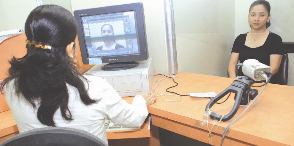 Panameños residentes enEEUU podrán solictar cédula en consulados