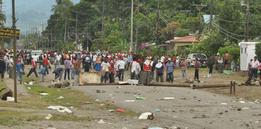 Asamblea analiza subsidio a víctimas de represión en 2010