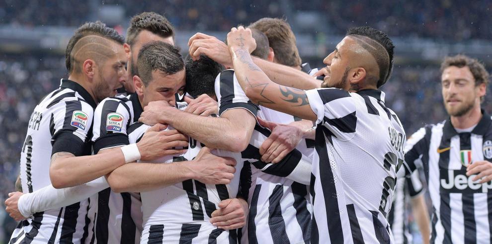 El Juventus vence al Génova con un gol de Carlos Tévez