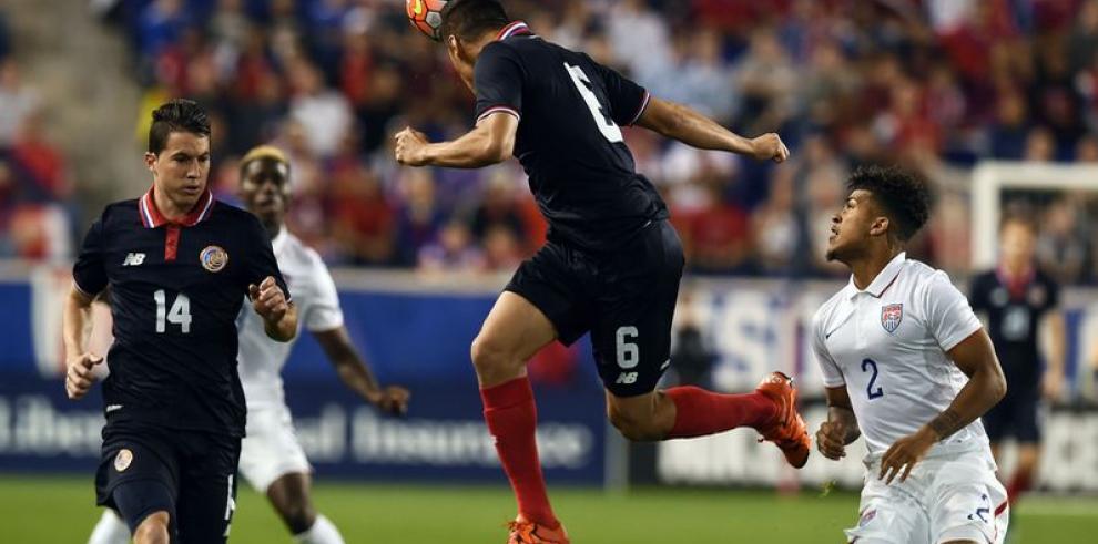 Costa Rica no contará con Duarte y Venegas para partido ante Panamá