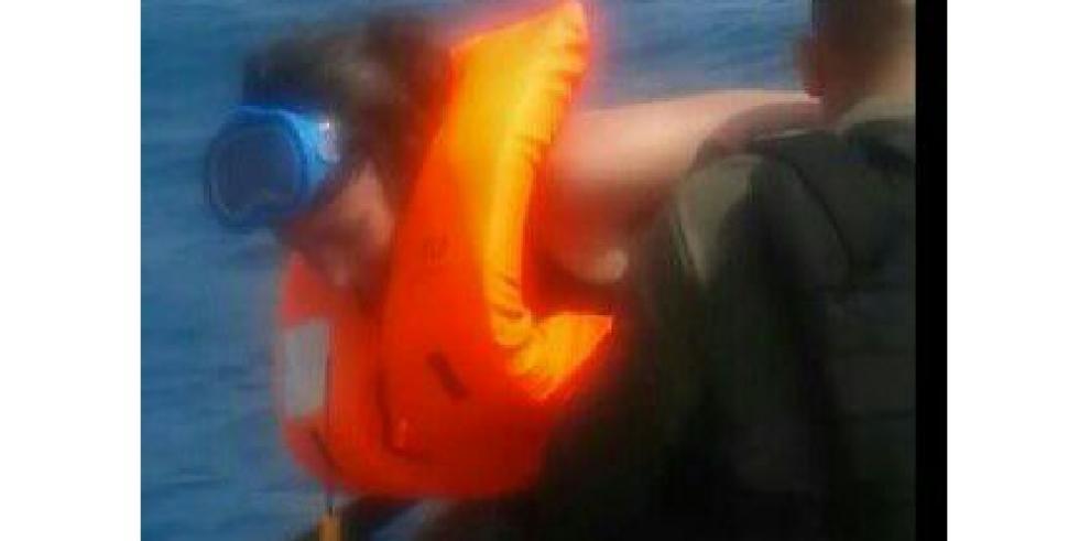 Senafront rescata a 18 náufragos extranjeros en Guna Yala