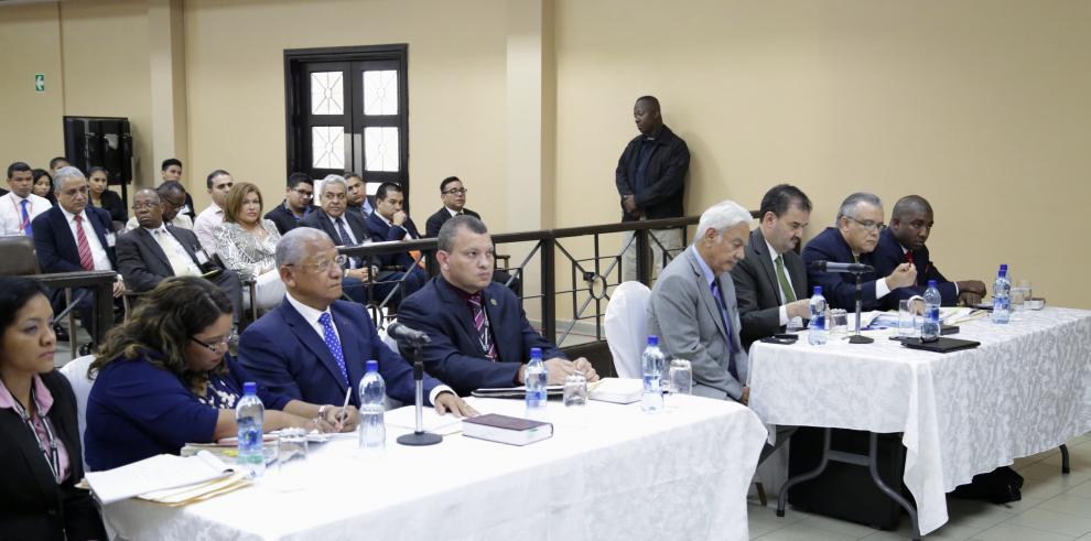Juez niega solicitudes presentadas por los abogados de Martinelli