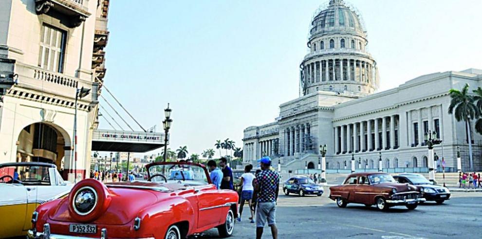 """Solicitud de crédito del sector privado en Cuba es """"ínfima"""""""