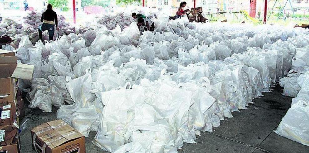 Fiscalía de Cuentas inicia investigación por bolsas de comida del PAN