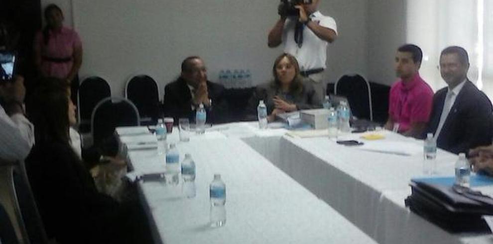 Comisión especial investigará proceso de adopción en Panamá