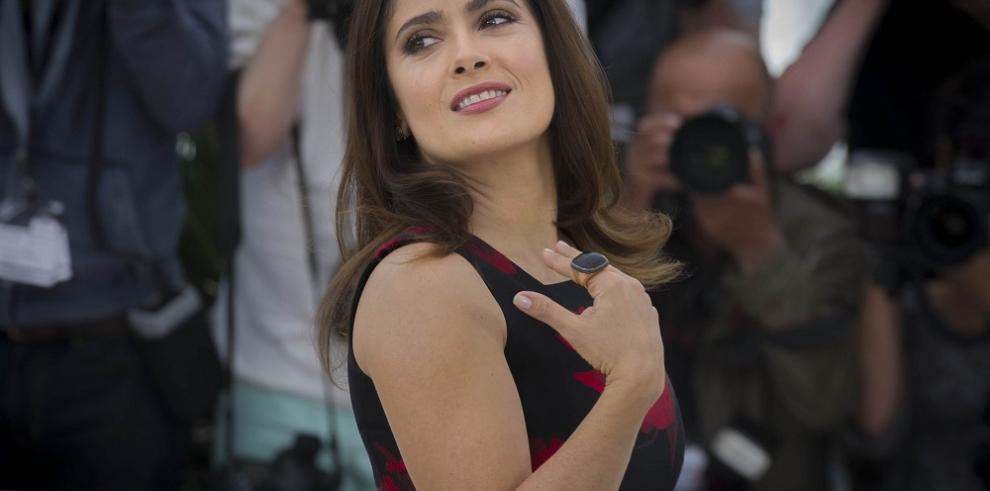 Salma Hayek, el selfi de Cannes