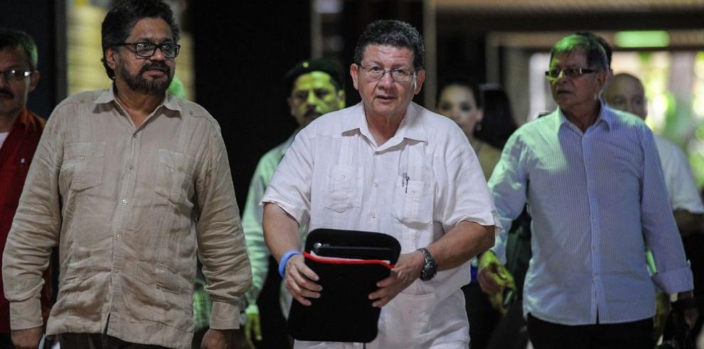 """""""Decisión de revisar indultos es un exabrupto"""", FARC"""
