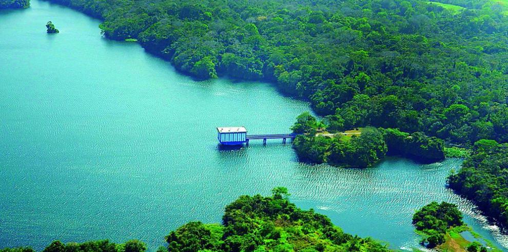 Panamá busca aumentar su generación de agua potable