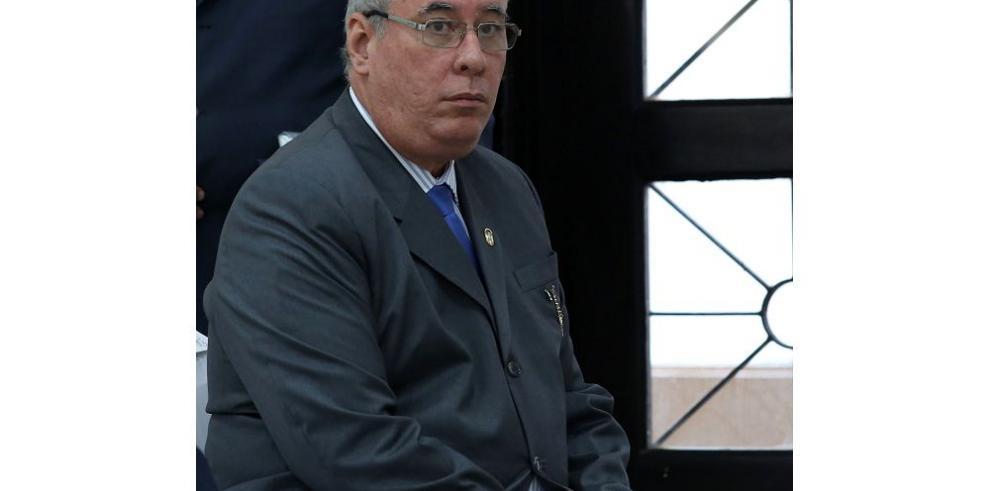 Ayú Prado, garante en caso Financial