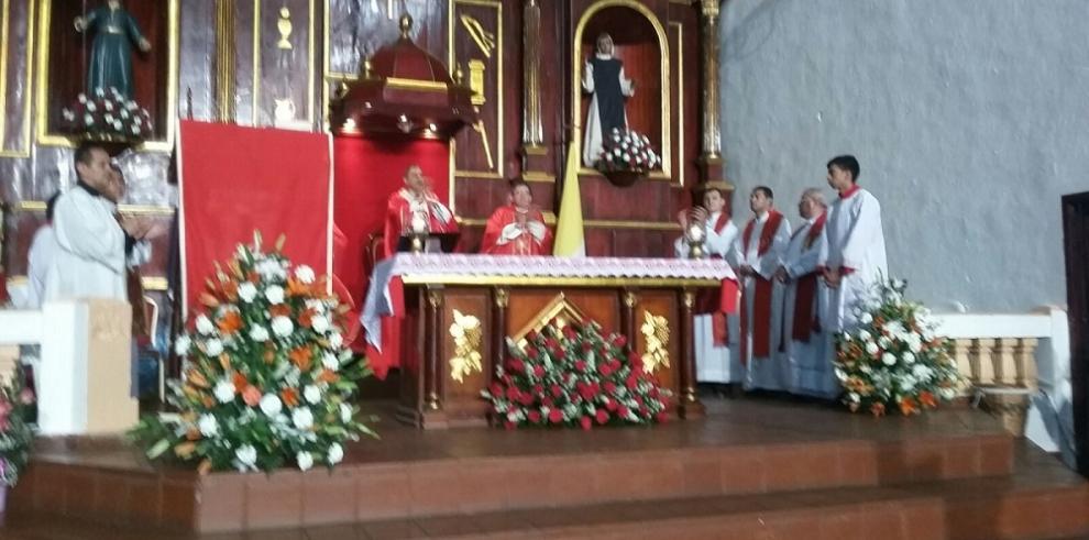Devotos del Cristo Negro de Portobelo le rinden homenaje