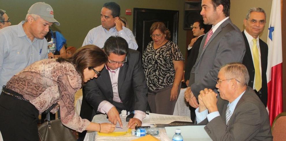 Tres consorcios presentan propuestas para el nuevo Colón