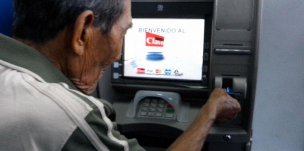 """""""Clave Social"""", nueva forma de pago del programa 120 a los 65"""