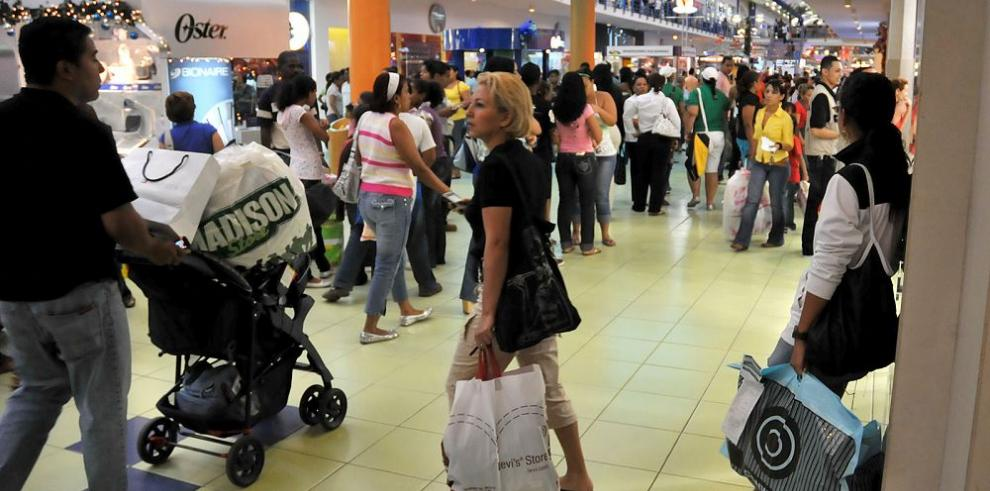 Financiamiento bancario al consumo aumenta 10.9%