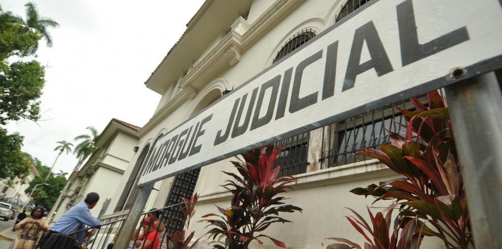 Ya no caben los muertos en la Morgue Judicial