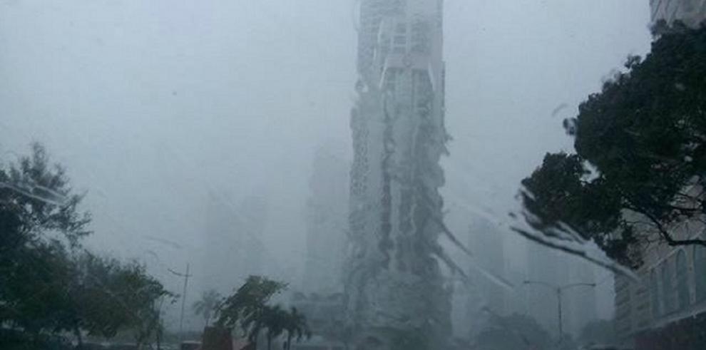 Se registran fuertes lluvias en diferentes parte del país