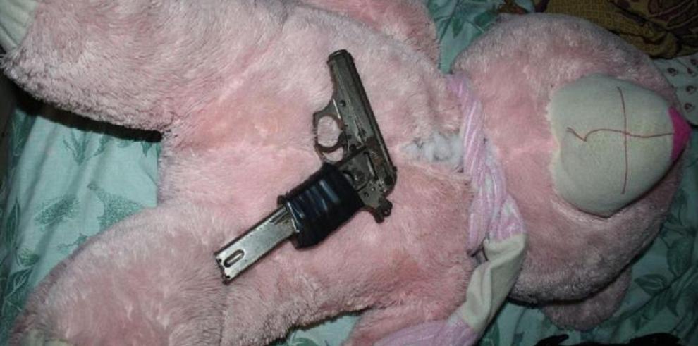 Niña argentina fue enviada a guardería con una pistola