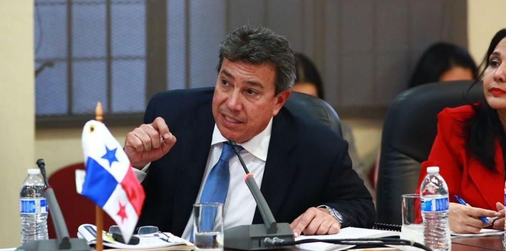 El MOP aprueba seis contratos directos en menos de 72 horas