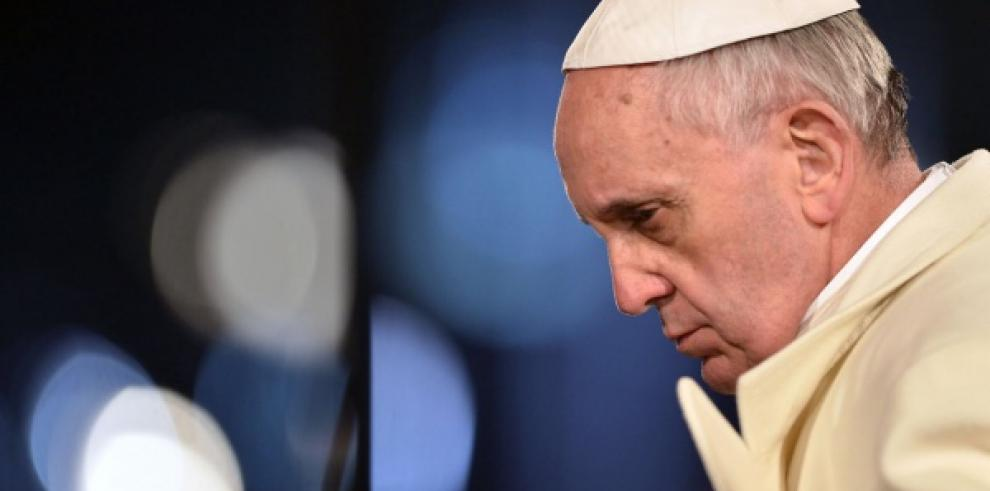 Papa oficiará misa de Jueves Santo y lavará los pies a detenidos