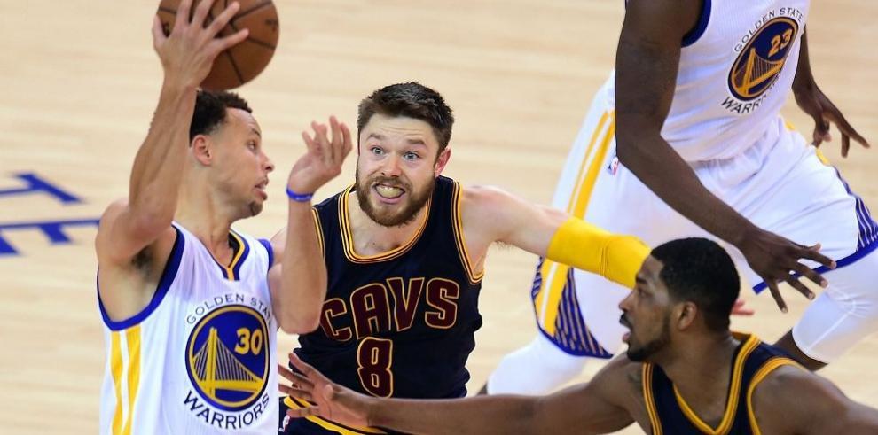 Warriors salen hoy a liquidar a Cavaliers