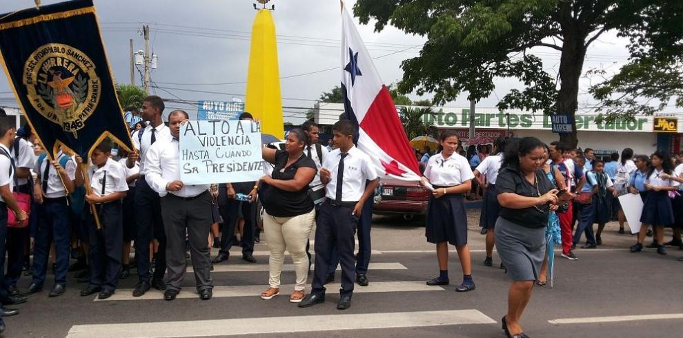 Estudiantes de La Chorrera piden más seguridad